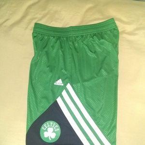 Adidas Boston Celtics basketball shorts sz Large